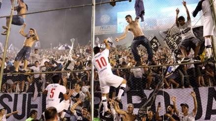 Olimpia se consagró campeón ante Cerro Porteño y celebró al estilo Champions League