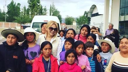 Gisela Valcárcel se sumó a la marcha por los Derechos Humanos en Ayacucho