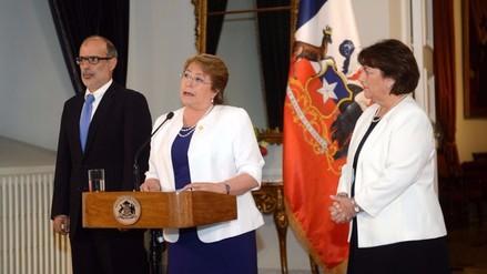 Michelle Bachelet: Educación será gratuita en Chile pese a fallo adverso