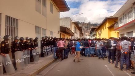 Estudiantes nuevamente tomaron Universidad Nacional de Cajamarca