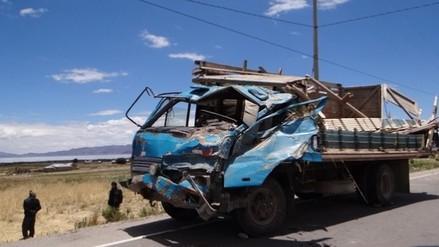 Tres muertos y 5 heridos dejó accidente en carretera Zepita– Yunguyo