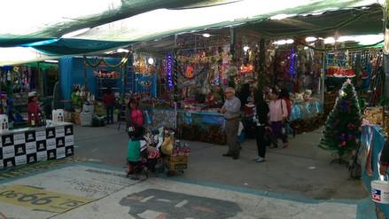 Deficientes condiciones de seguridad observan en Feria Artesanal Navideña