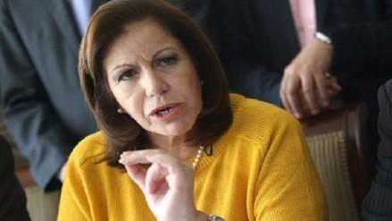 Lourdes Flores propone economía social de mercado en eventual gobierno Apra-PPC