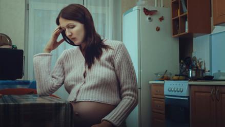 Tomar antidepresivos durante el embarazo aumenta riesgo de autismo en el hijo