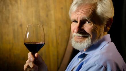 Tomar alcohol moderadamente reduce la mortalidad del alzheimer leve