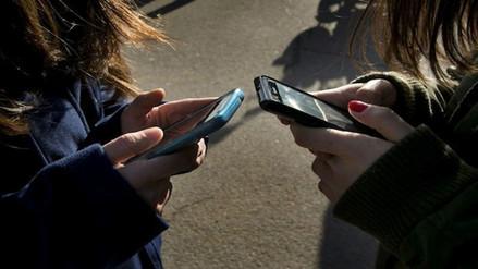 Estudio: usar el punto en un mensaje de WhatsApp puede detonar poca sinceridad