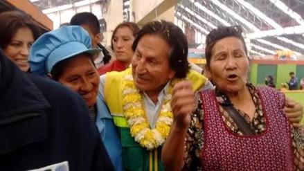 Alejandro Toledo tuvo acercamiento con la población para captar votos