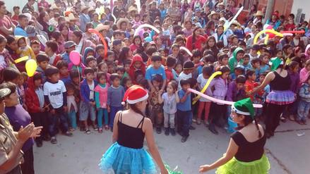 Policía de Baños del Inca entregó juguetes a niños más pobres