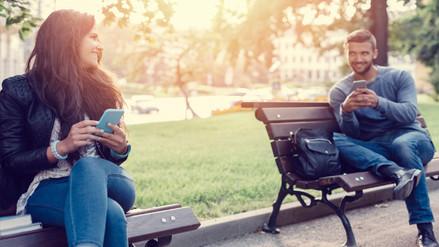 4 mensajes de texto que puedes enviarle todos los días a tu pareja