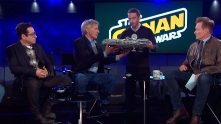 YouTube: Harrison Ford destruyó un Millenium Falcon