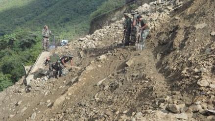 Vraem: continúa rescate de personas sepultadas por derrumbe de cerro
