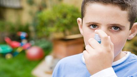 La contaminación ambiental favorece al desarrollo de asma en niños y adolescentes