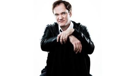 Quentin Tarantino recibe estrella en el Paseo de la Fama de Hollywood