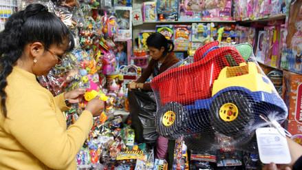 Seis consejos para evitar riesgos al comprar juguetes por Navidad