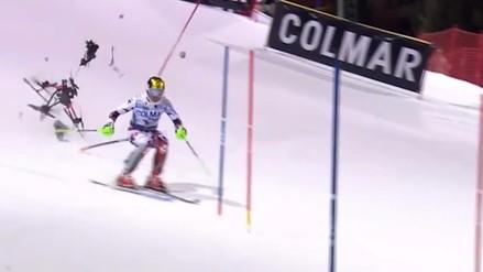 Esquiador estuvo a centímetros de ser impactado por un dron