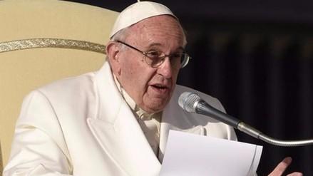 El papa pide sobriedad en una