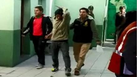 Detienen a joven delincuente en el Cercado