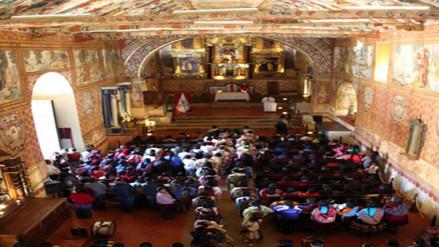Entregan trabajos de restauración de tres templos coloniales