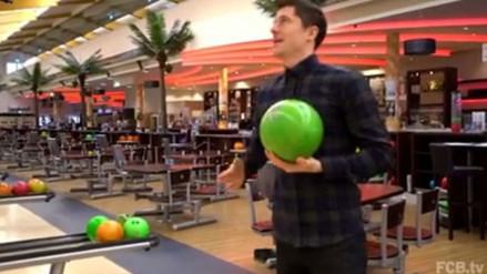 Facebook: Robert Lewandowski demostró su talento para jugar bolos (VIDEO)
