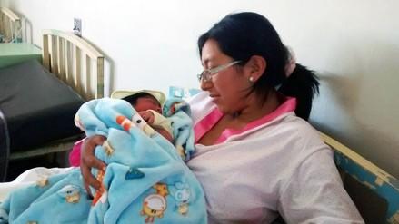 Josué, primer bebé nacido en 2016 en Arequipa