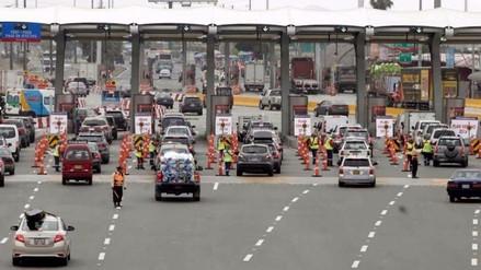 Más de 70.000 vehículos enrumbaron hacia playas del sur