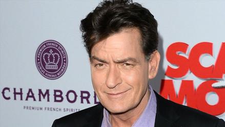 Charlie Sheen es acusado de contagiar VIH a actriz porno