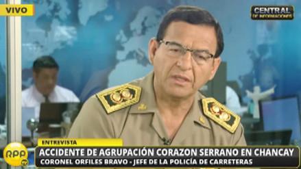 Corazón Serrano: Policía advierte exceso de ocupantes en camioneta