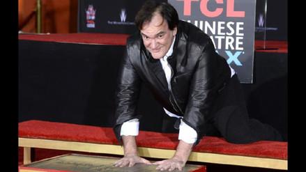 Tarantino inmortaliza sus huellas en el Teatro Chino de Hollywood