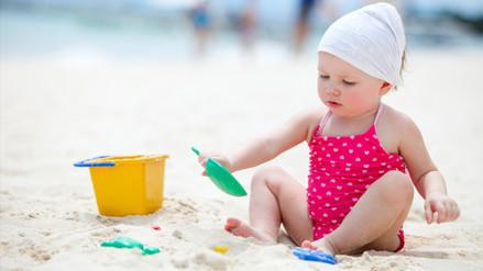 Recomiendan a padres de familia no exponer al sol a niños menores de un año