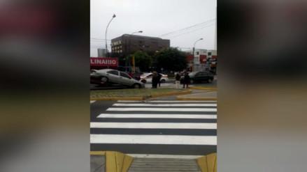 Lima: semáforos malogrados ocasionan accidentes