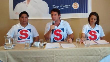 Candidato Reggiardo indicó que Espinoza se equivocó al ir con Acuña