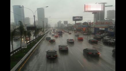 Rotafono: repentina llovizna afectó a varios distritos limeños