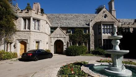 Playboy: Hugh Hefner quiere vender mansión en 200 millones de dólares