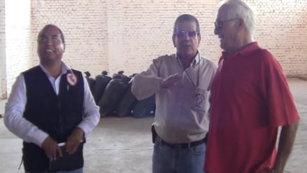 """Visitan almacén de alimentos para familias damnificadas por """"El Niño"""""""