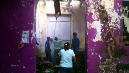Iquitos: realizan labores de limpieza en casona tras incendio