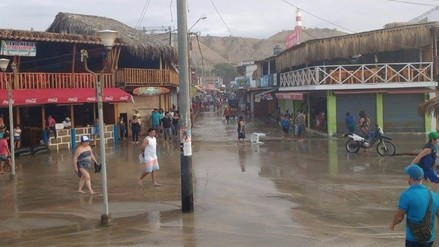 Puertos de la región continúan cerrados por oleajes anómalos