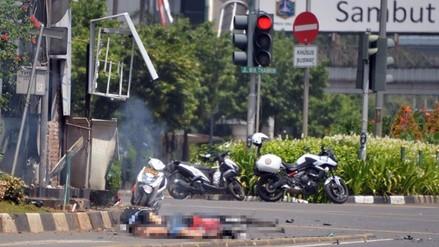 Indonesia: explosiones y tiroteo en Yakarta dejan seis muertos (FOTOS Y VIDEO)