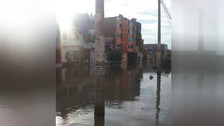 Chiclayo: Desborde de acequia afecta a decenas de familias