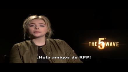 Actriz Chloe Moretz saluda a seguidores de RPP Noticias