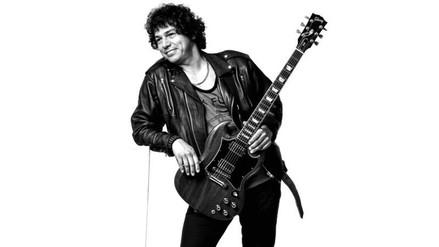 Julio Pérez alista su primer concierto como solista