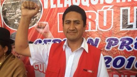 Vladimir Cerrón presentó candidatos acompañado de viceministro boliviano