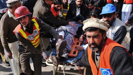 Al menos 25 muertos en ataque taliban a una universidad en Pakistán