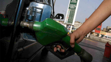 Petroperú y Repsol bajan precios de gasolinas en S/ 0.43 por galón