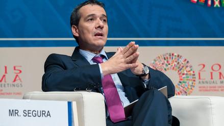 MEF: No es posible reducir impuestos como prometen algunos candidatos
