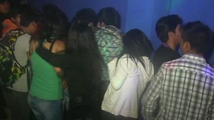 Intervienen a menores consumiendo alcohol en fiesta clandestina