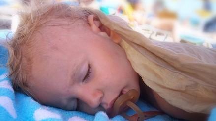 Dormir las horas adecuadas ayuda al crecimiento de los niños