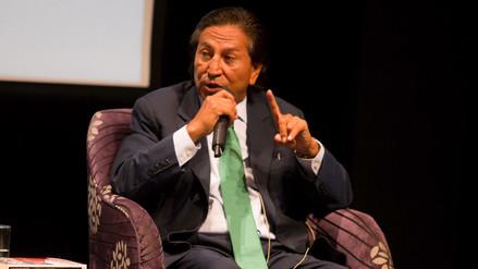 Toledo habla de eliminar la corrupción y le gritan el nombre de su partido