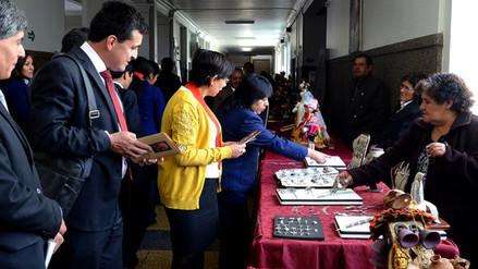 Maestros de la Artesanía exponen trabajos en palacio de justicia