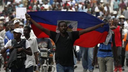 Haití: opositores y oficialistas mantienen la lucha en las calles