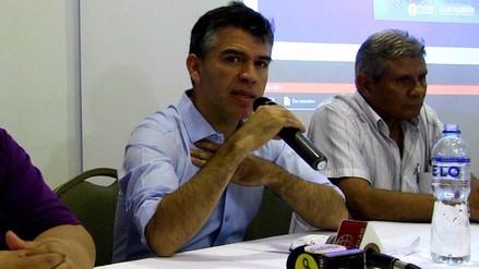 Julio Guzmán criticó a Acuña por supuesto plagio